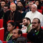 Le Pape François siège avec les jeunes durant la réunion pré-synodale - 19 mars 2018
