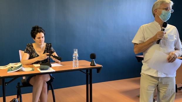 Marie-Hélène Lafarge et Michel Roy, membre de l'équipe d'animation